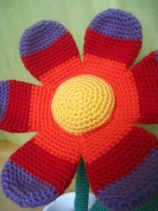Große Bunte Blume Häkelperle
